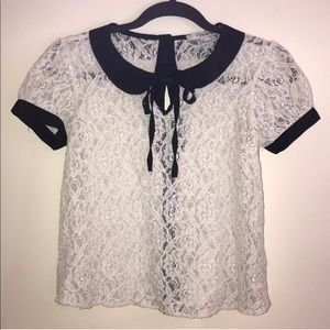 🆕Forever 21 Peter Pan Collared Lace Top